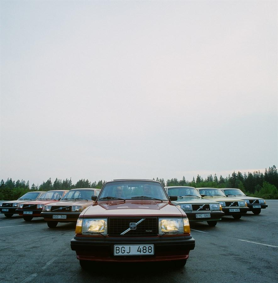 Volvo 240 Turbo, GLE, GL, DL, 340 GL, DL, GLS, 1981