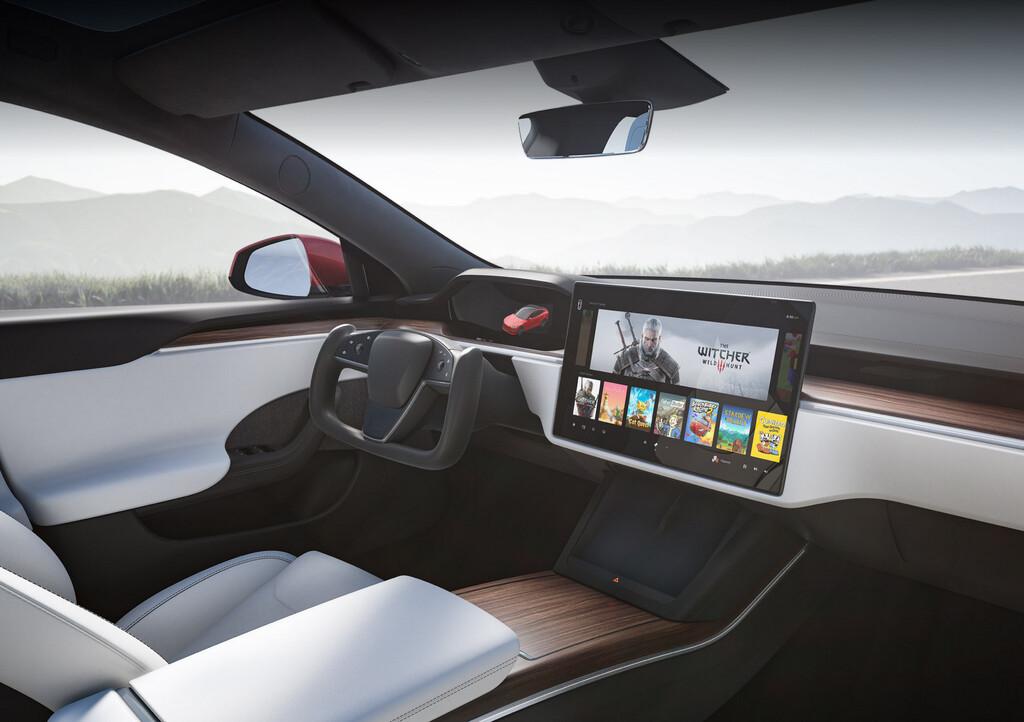 Tesla Model S innen
