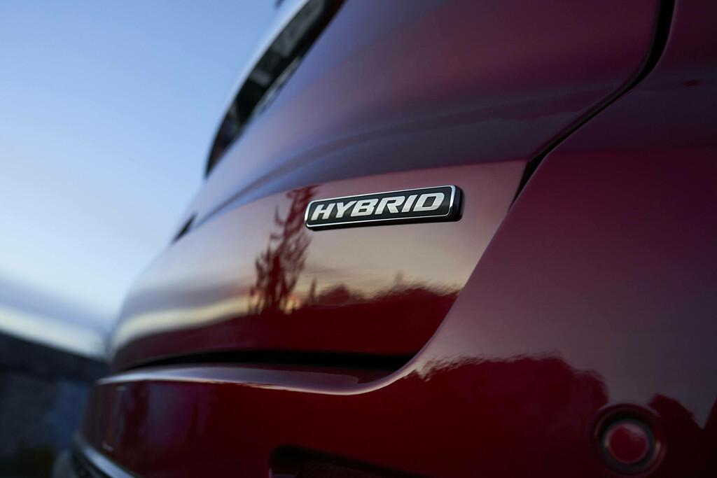 Ford S-Max Hybrid