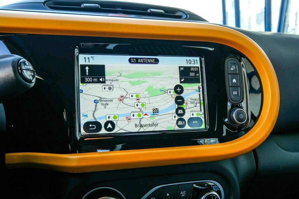 Renault Twingo Electric Innenansicht Display